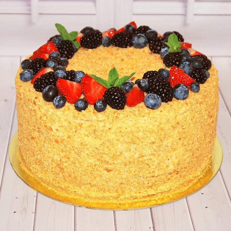торт медовик украсить фруктами фото все тебя